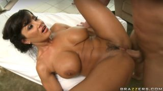 Busty big-booty MILF Lisa Ann fucks her masseur