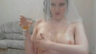 Russian beauty pee on webcam